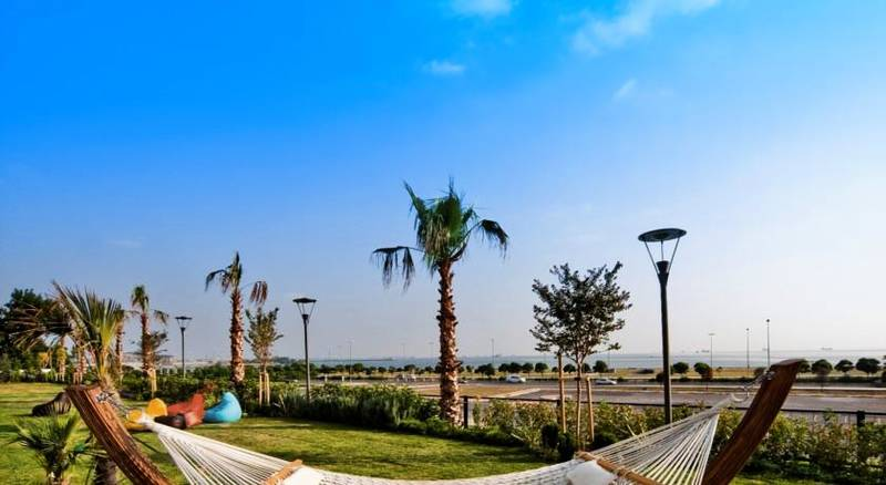 The Green Park Pendik