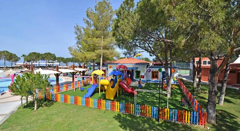 Kuştur Club Holiday Village